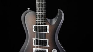 "Hellcaster 7 - 27,6"" 7-String Baritone guitar - Copperfade - pickguard"