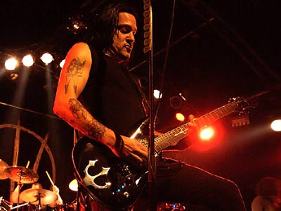 Tommy Victor - Prong | Cyan Guitars
