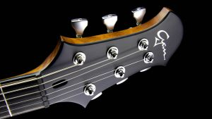 Ultimate V6 - Metallic Cherry - headstock