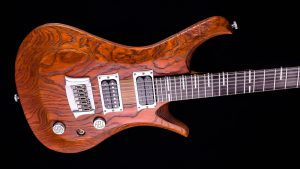 "V7 - 29"" 7-String guitar - baritone - Tobaccoburst - body"
