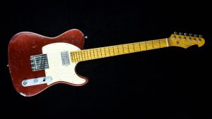 Versatile T-style guitar - Red Candy - Front view