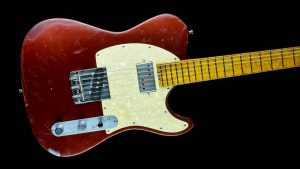 Versatile T-style guitar - Red Candy - Body