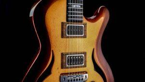 Breed - Golden Age - modern oldschool guitar - pickguard