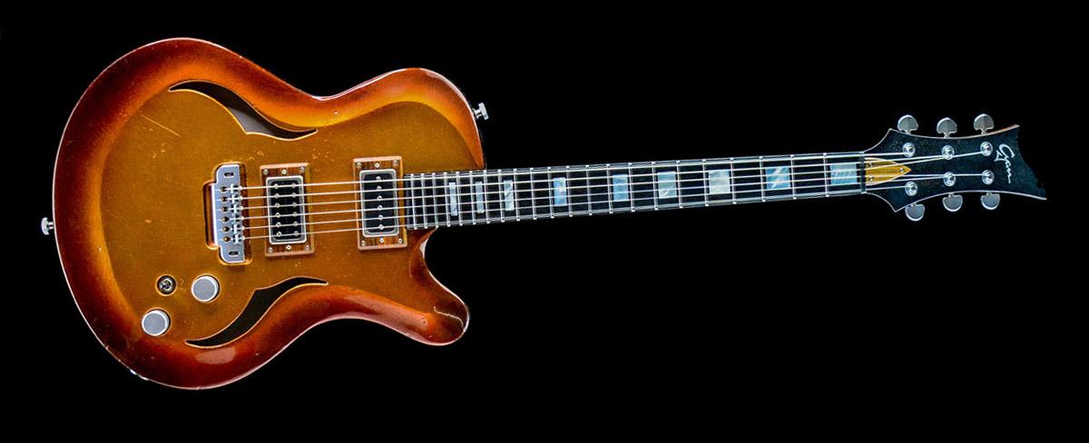 Breed - Golden Age - modern oldschool guitar | Cyan Custom Guitar