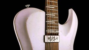 """Hellcaster - 29"""" Baritone guitar HB - Players White - pickguard with dragon engraving"""