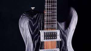 Hellcaster - Baritone guitar - Blackburst - pickguard