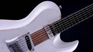 "Hellcaster - 29"" Baritone guitar SC - Players White - pickguard"