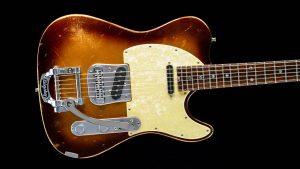 Versatile T-style guitar - Golden Bee - pickguard