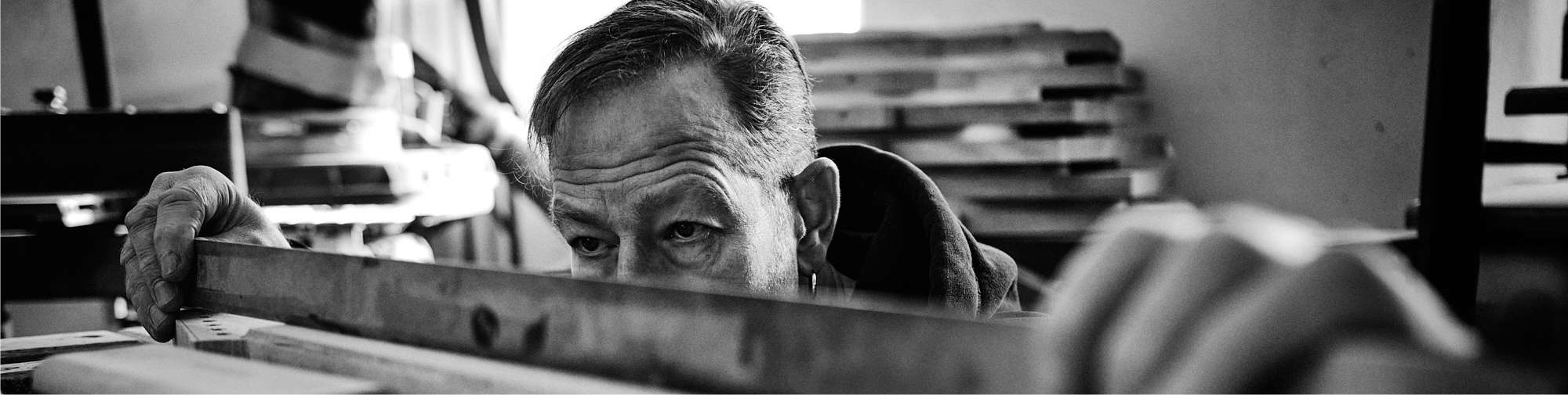 Luthier Thomas Harm | Cyanguitars