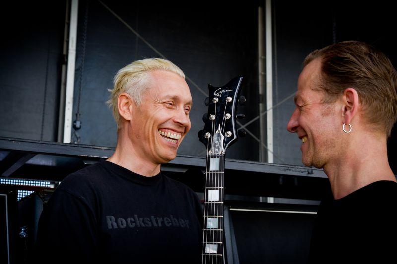 Farin Urlaub und Thomas Harm von Cyan Guitars