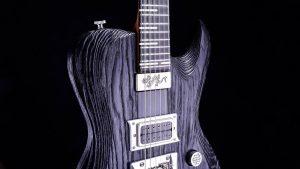 Hellcaster Rock Gitarre - Blackburst - Schlagbrett