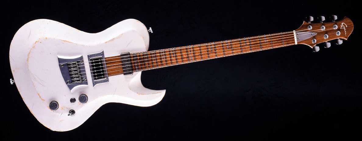 Hellcaster Rock Gitarre - Players White | Cyan Guitars