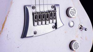 Hellcaster Rock Gitarre - Players White - Brücke