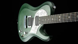 Ultimate - Green Dragon - Single Cutaway