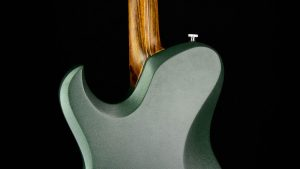 Ultimate - Green Dragon - Metal Gitarre - Hals geleimt