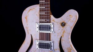 "Breed - 29"" Bariton Gitarre - Living Colour - Schlagbrett"