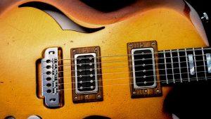 Breed - Golden Age - Custom Gitarre - Brücke