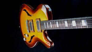Breed - Golden Age - Custom Gitarre - Single Cutaway