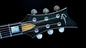 Breed - Golden Age - Custom Gitarre - Kopfplatte