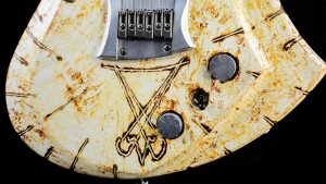 Zodiac - Lucifer - Solid Body Gitarre - Custom Guitar - Elektronik + Finish