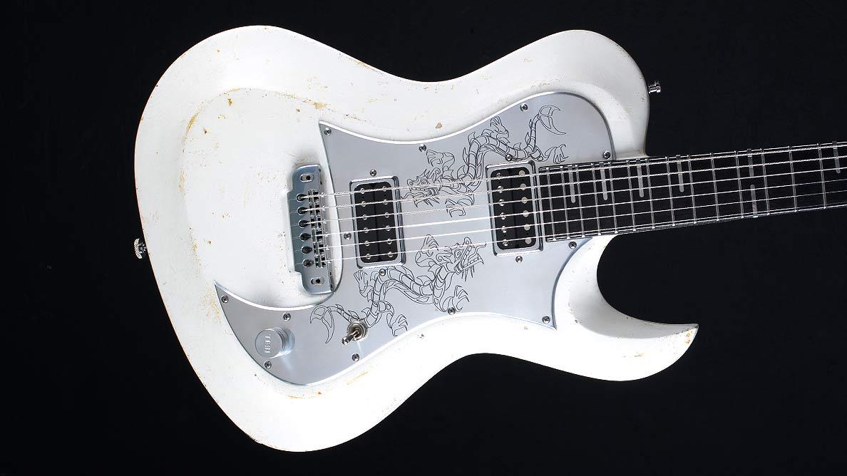 Hellcaster Dragon - Guitar Gallery