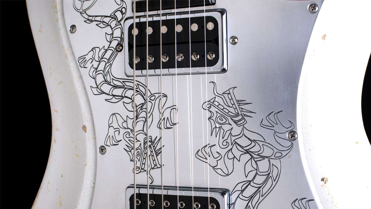Hellcaster Dragon - Guitar Gallery