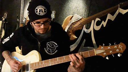 Gitarrensounds - Breed - Chris Harms