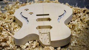 Wie entsteht eine Cyan Gitarre? Videos
