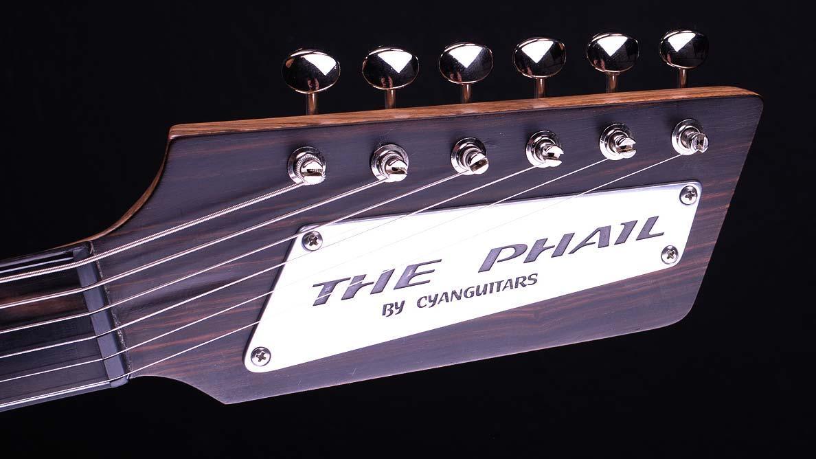 The Phail - Custom Guitar Gallery - Rick McPhail - Kopfplatte