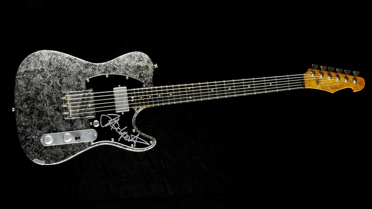 Versatile Jackpot Jakob Schulze Guitar Gallery_1
