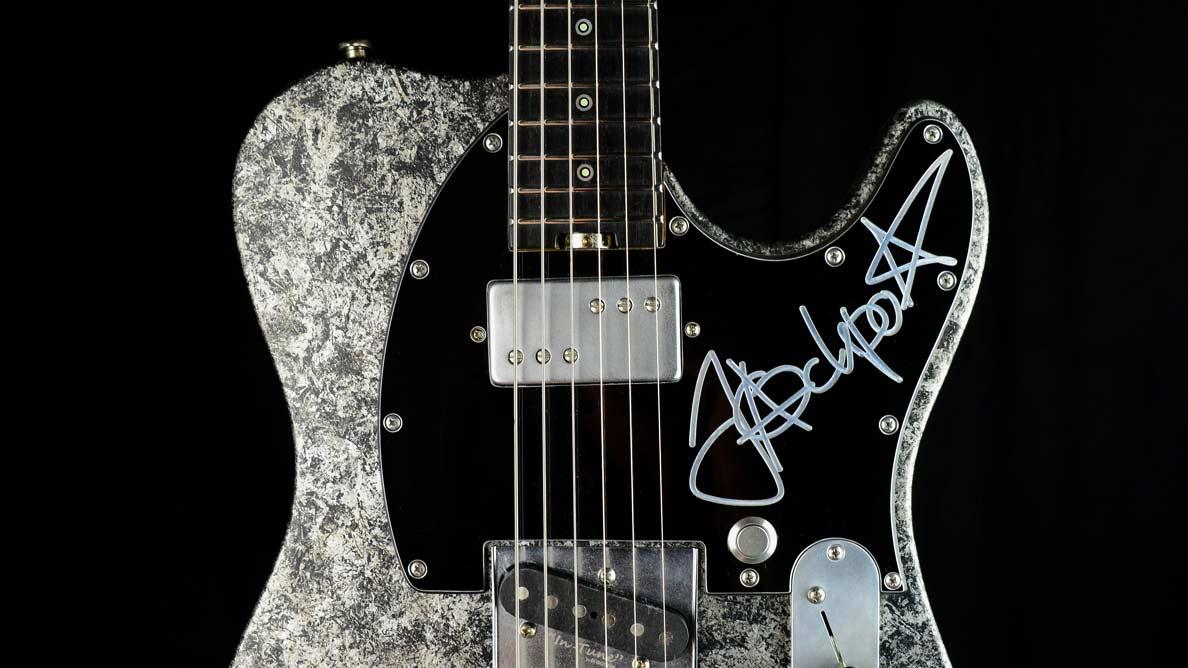 Versatile Jackpot Jakob Schulze Guitar Gallery_4